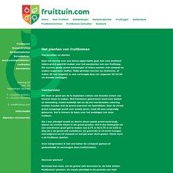 Grondbewerking en bemesten van de grond voor het aanplanten van fruitbomen