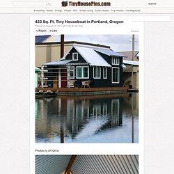 433 Sq. Ft. Tiny Houseboat in Portland, Oregon