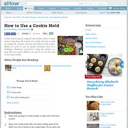 How to Use a Cookie Mold