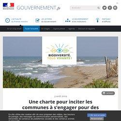 Une charte pour inciter les communes à s'engager pour des plages sans plastique - Gouvernement.fr - 5 Août 2019