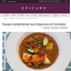 Soupe instantanée aux légumes et tomates