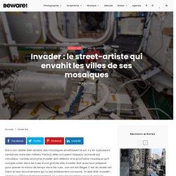 Invader : le street-artiste qui envahit les villes de ses mosaïques