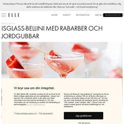 Isglass-bellini med rabarber och jordgubbar