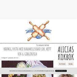 Alicias kokbok - Krämig pasta med karamelliserad lök, rött vin & gorgonzola