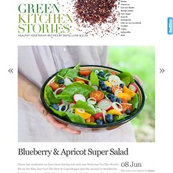 Blueberry & Apricot Super Salad