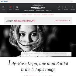Lily-Rose Depp, une mini Bardot brûle le tapis rouge