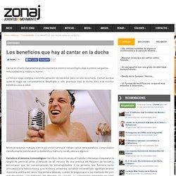 Los beneficios que hay al cantar en la ducha