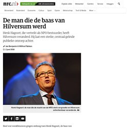 De man die de baas van Hilversum werd - NRC - De omroepen bestaan nog wel, maar Hagoort heeft ze, met steun uit Den Haag, gereduceerd tot programmaproducenten. Wat op tv komt, en wie geld krijgt om programma's te maken, bepaalt hij. Joop Daalmeijer, de om