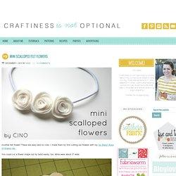 mini scalloped felt flowers