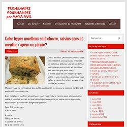 Cake hyper moelleux salé chèvre, raisins secs et menthe