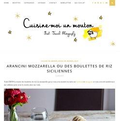 Arancini mozzarella ou des boulettes de riz siciliennes