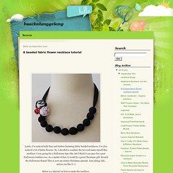 A beaded fabric flower necklace tutorial - buatkalunggelang