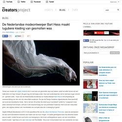 De Nederlandse modeontwerper Bart Hess maakt lugubere kleding van gesmolten was
