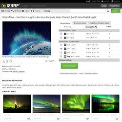 Northern Lights Aurora Borealis über Planet Earth Nordhalbkugel Lizenzfreie Fotos, Bilder Und Stock Fotografie. Image 8058196.