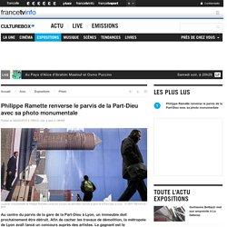 Philippe Ramette renverse le parvis de la Part-Dieu avec sa photo monumentale