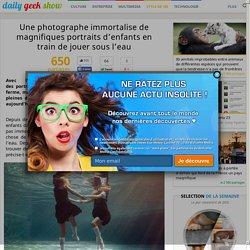 Une photographe immortalise de magnifiques portraits d'enfants en train de jouer sous l'eau