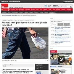 France:sacs plastiques et vaisselle jetable interdits?