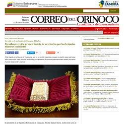 Presidente recibe primer lingote de oro hecho por las brigadas mineras socialistas