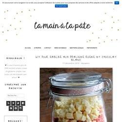 Kit pour sablés aux pralines roses et chocolat blanc -