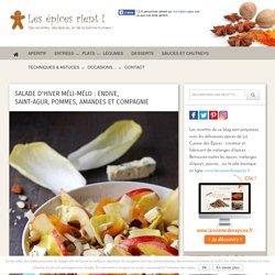 Salade d'hiver méli-mélo : endive, Saint-Agur, pommes, amandes et compagnie