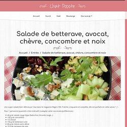 Salade de betterave, avocat, chèvre, concombre et noix