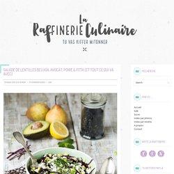Salade de lentilles beluga, avocat, poire, chou et feta