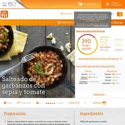 Salteado de garbanzos con sepia y tomate - Nestlé Cocina