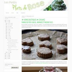 Les petits plats de Rose: ✯ Scones rustiques ✯ [vegan]Farine de pois chiche, amande et raisins secs