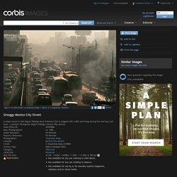 Smoggy Mexico City Street - AZ004886 - Droits gérés