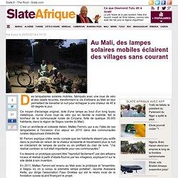 Au Mali, des lampes solaires mobiles éclairent des villages sans courant
