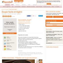 Soupe oignon, tomates, carottes, poivrons et courgettes
