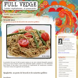 Spaghettis au pesto de brocoli et de noisettes grillées