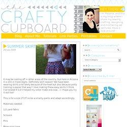 The Crafty Cupboard: Summer skirt