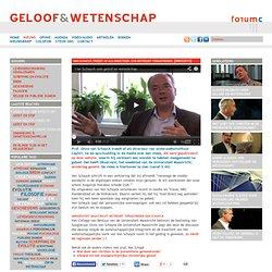 Van Schayck treedt af als directeur. CvB betreurt terugtreden
