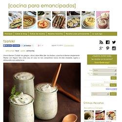 Receta tradicional de tzatziki (pepino con yogur) | Cocina Para Emancipados