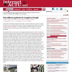 Travailleurs quittant le complexe Google