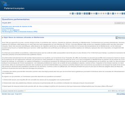 E-005657/2011 Bancs de méduses urticantes en Méditerranée