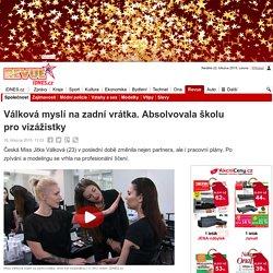 Válková myslí na zadní vrátka. Absolvovala školu pro vizážistky - iDNES.cz