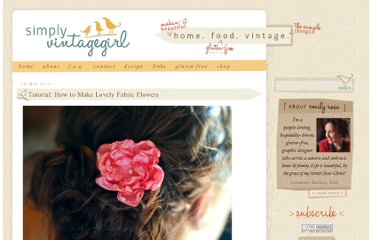 http://www.simplyvintagegirl.com/blog/index.php/2010/05/29/tutorial-how-to-make-lovely-fabric-flowers/