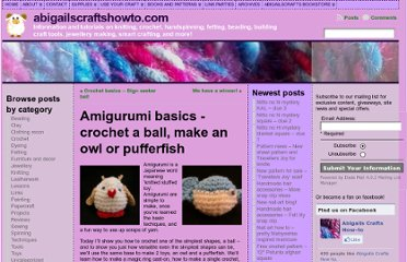 http://abigailscraftshowto.com/2010/03/amigurumi-basics-crochet-a-ball-make-an-owl-or-pufferfish/