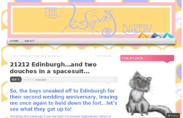 http://wondercatbakery.wordpress.com/2011/09/07/21212-edinburgh-and-two-douches-in-a-spacesuit/
