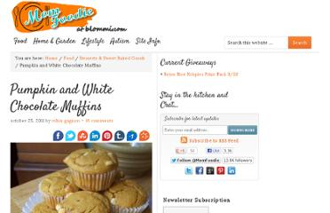 http://blommi.com/pumpkin-and-white-chocolate-muffins/