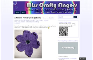 http://misscraftyfingers.wordpress.com/2010/11/25/a-knitted-flower-with-pattern/