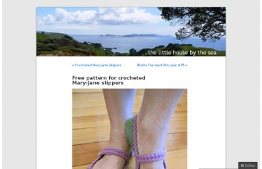 http://thelittlehousebythesea.wordpress.com/2009/09/03/free-pattern-for-mary-jane-slippers/