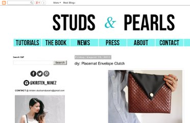 http://www.studs-and-pearls.com/2011/08/diy-placemat-envelope-clutch.html#more