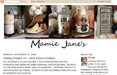 http://mamiejanes.blogspot.com/2009/11/holiday-project-1-wire-pictures-holders.html