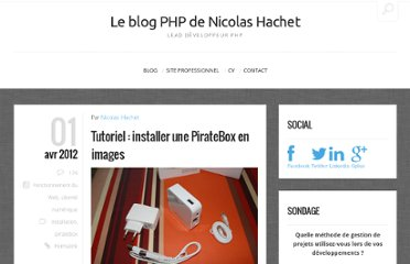 http://blog.nicolashachet.com/2012/04/01/fonctionnement-du-web/tutoriel-installer-une-piratebox-en-images/