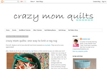 http://crazymomquilts.blogspot.com/2012/03/crazy-mom-quilts-one-way-to-knit-rag.html