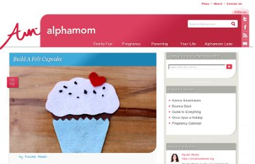 http://alphamom.com/family-fun/crafts/build-a-felt-cupcake/
