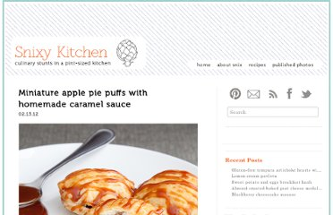 http://www.snixykitchen.com/2012/02/13/apple-pie-puffs/
